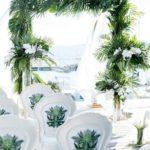 結婚資訊(41) 用綠色大型植物做婚禮拱門裝飾好清新!