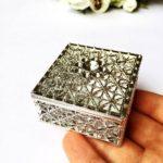 婚禮回禮篇(11)  復古外國風 ︳通花小鐵盒