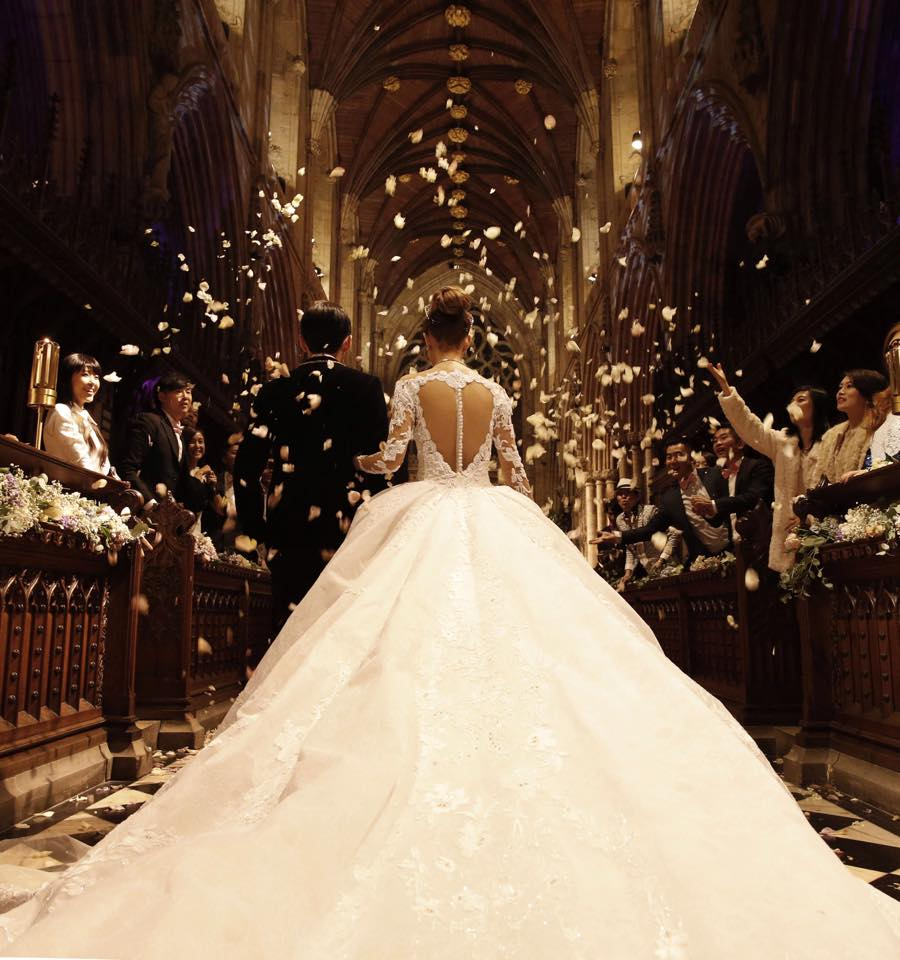 結婚資訊(48) 除咗白色婚紗之外,其他顏色嘅婚紗點揀好?