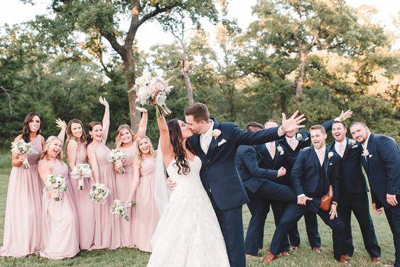 西式婚嫁資訊(5) 人生大日子不可或缺嘅兄弟姊妹團!